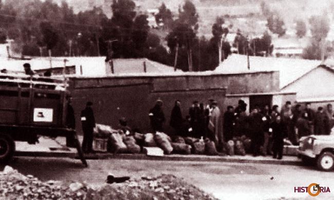 Partida de jóvenes rumbo a Teoponte, julio de 1970.