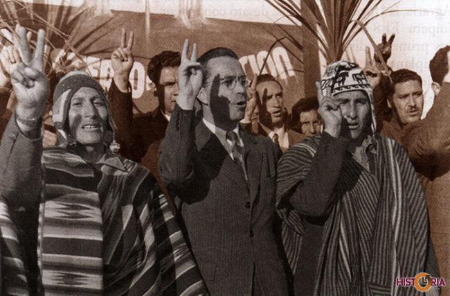 Campesinos junto al Presidente Víctor Paz Estenssoro.