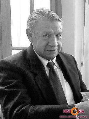 Óscar Elías Siles